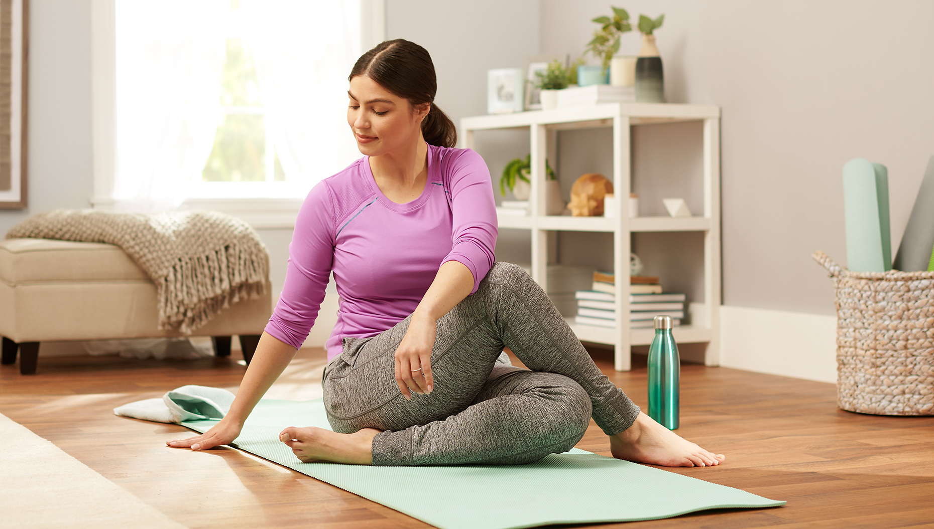 lifestyle_20191113_Walgreens_Shot_17_Yoga_1193